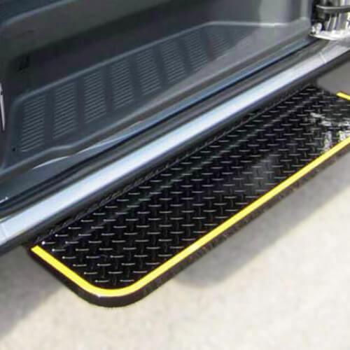 トヨタ・ハイエース専用 電動幅広補助ステップ
