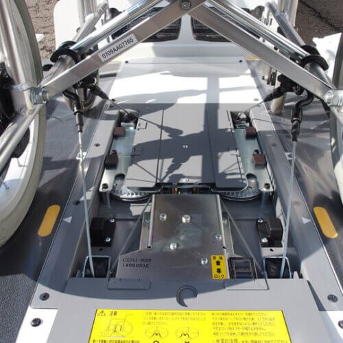 車いす固定装置 CE011