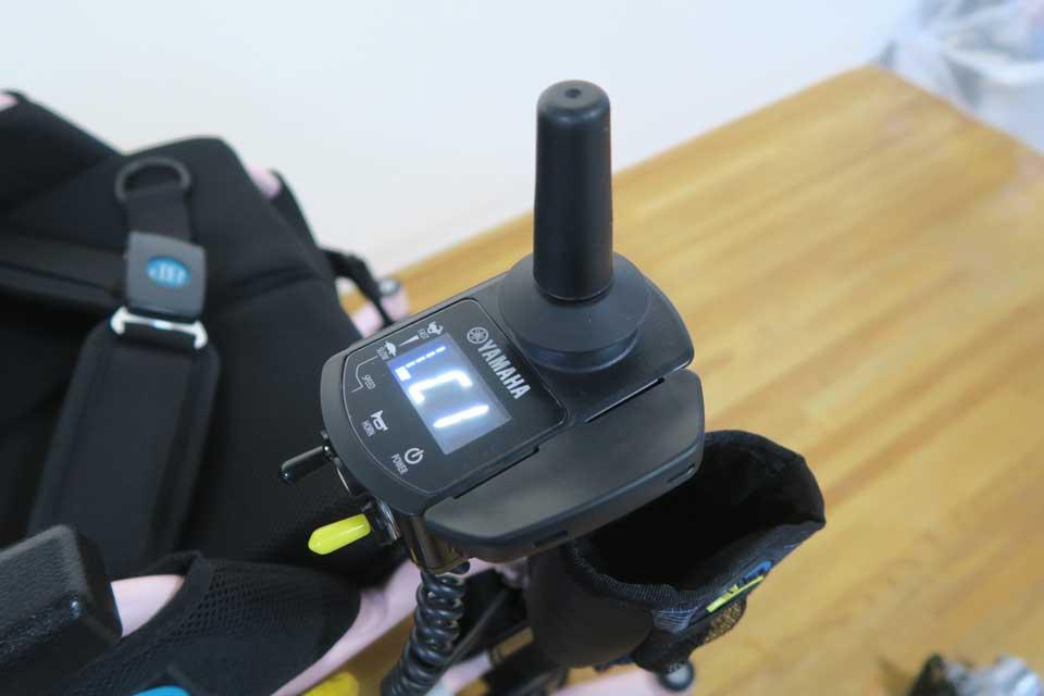 ヤマハ JWX-1 PLUS+ ジョイスティック操作部