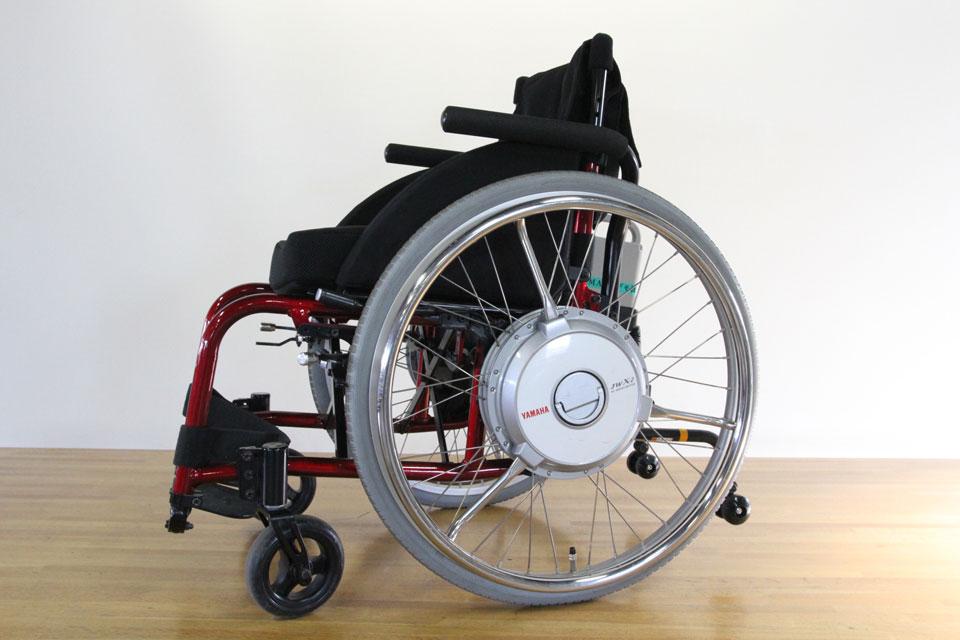 電動アシストユニット「JWX-2」装着の電動アシスト車いすのデモ車を導入しました!