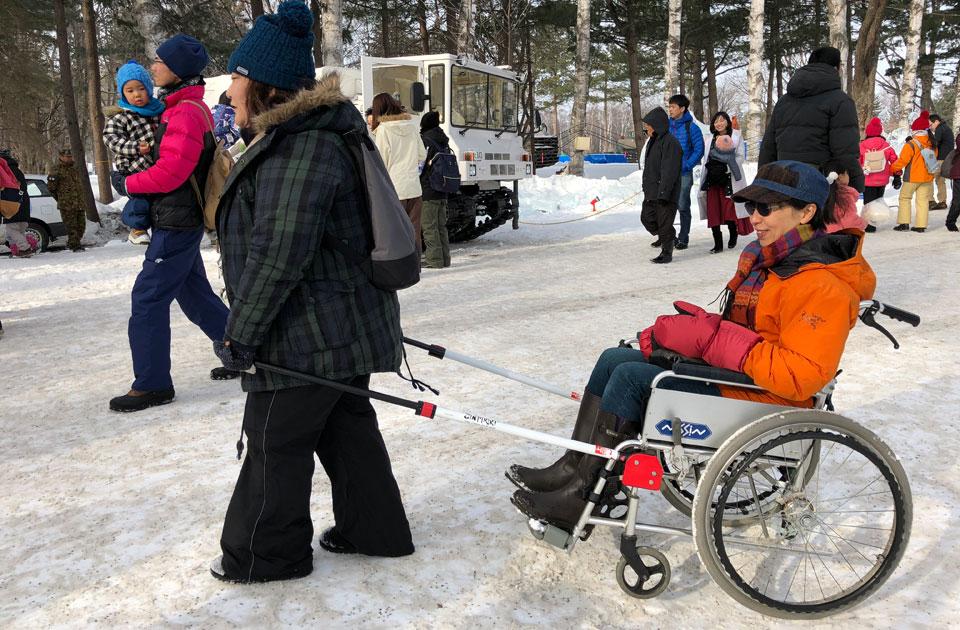 おびひろ氷まつり 車いすカーリング&冬の車いすグッツ体験会