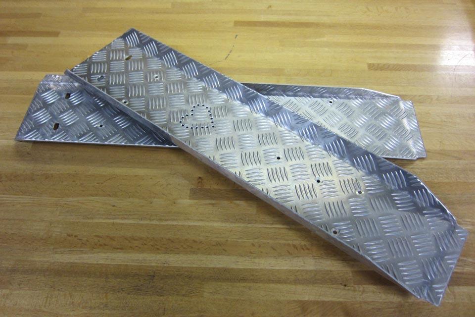 ハート付きの段差解消スロープを製作しました♪