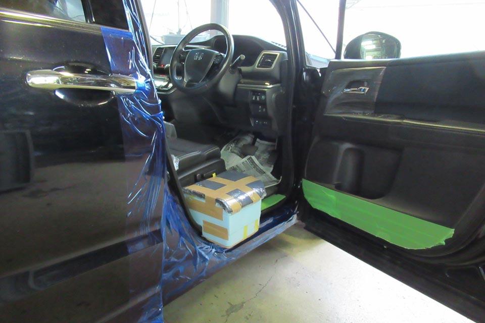 ホンダ・オデッセイ 車いすからの移乗用 サイトサポートシート製作