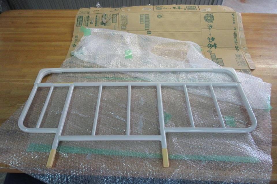 ベッドサイドレールの形状変更改造を実施
