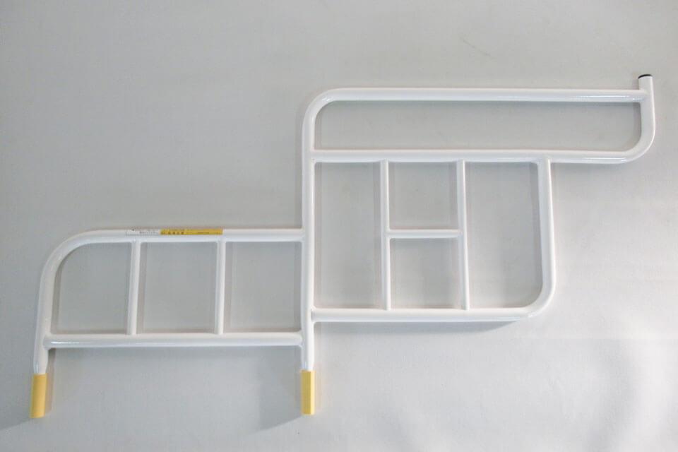 パラマウントベッドのベッドサイドレールの形状変更改造が完成!